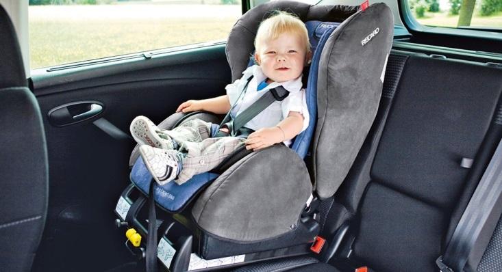 Bebek Oto Koltuğu Seçiminde Dikkat Edilmesi Gerekenler