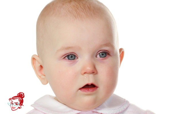 bebeklerde-goz-kizarikligi-anne-tavsiyesi