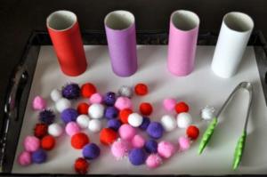 Maşa ile Renkleri Eşleştirme İnce Motor Becerisi Etkinliği